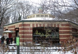 Central_Park_Carousel_snow_jeh